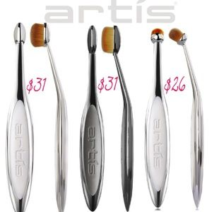 Artis Makeup Brushes Oval 3 Linear 3 Circle 1R